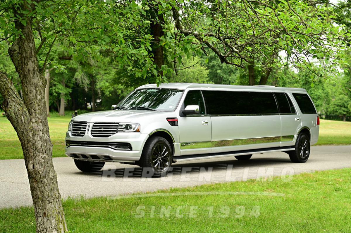 Silver Lincoln Navigator Limo